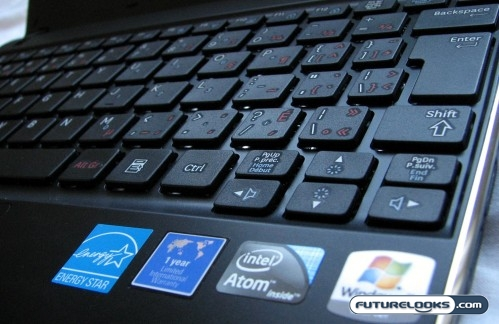"Samsung N220 10-Inch INTEL ATOM N450 ""PineTrail"" Netbook Review"