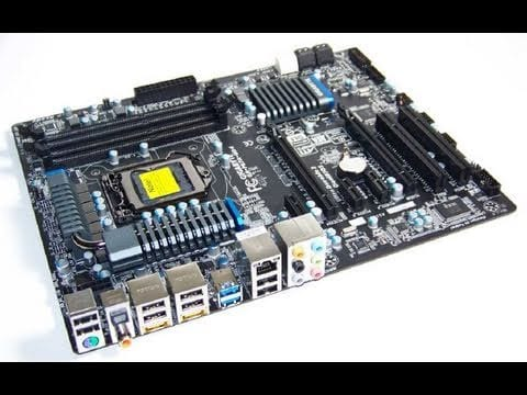 Video - Futurelooks Unboxes the GIGABYTE GA-P67A-UD4 Sandy Bridge LGA1155 Motherboard