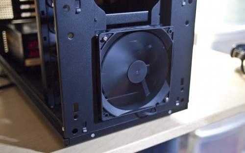 Antec's Eleven Hundred (1100) Super Mid-Tower Gaming Chassis Reviewed
