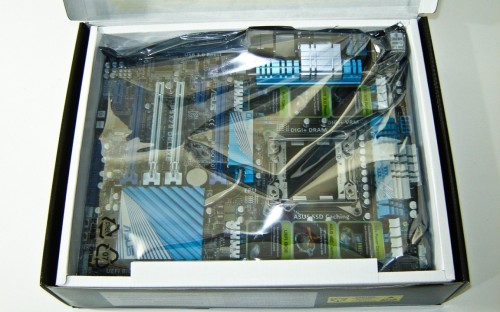 ASUS P9X79 Deluxe Sandy Bridge-E LGA2011 ATX Motherboard Review