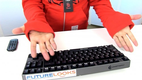 Futurelooks Quick Look - TT eSPORTS Dragon Hooded Gamer Sweatshirt (Video)