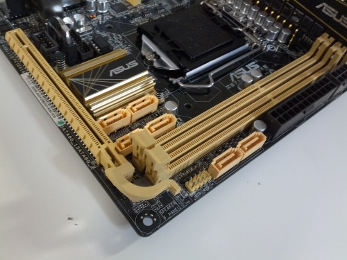 "Unboxed and Previewed - The ASUS Z87I-Deluxe Mini-ITX ""Haswell"" LGA1150 Motherboard (Video)"