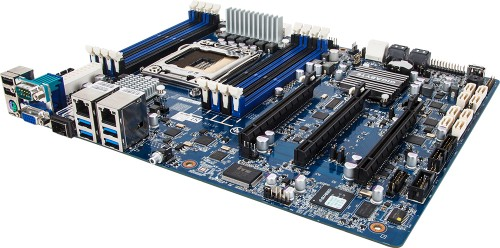 GIGABYTE's New Motherboard Is a Server Waiting to Happen
