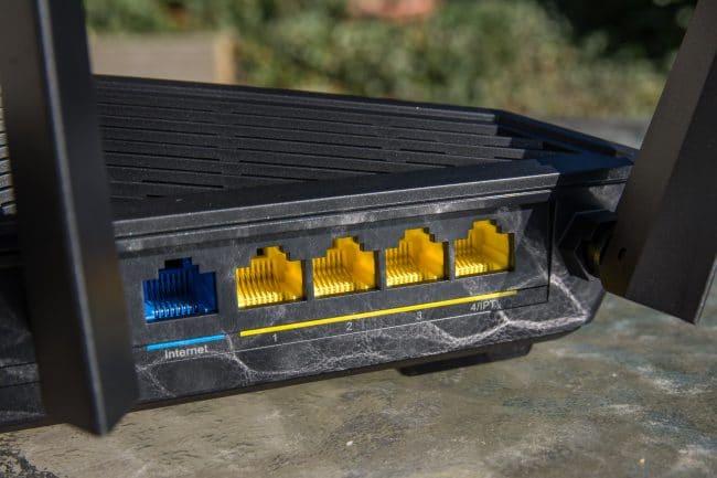 Tenda AC18 Smart WiFi Dual-Band AC1900 Gigabit Router