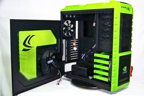 Video - Futurelooks Checks Out The CoolerMaster HAF X nVidia Edition Chassis