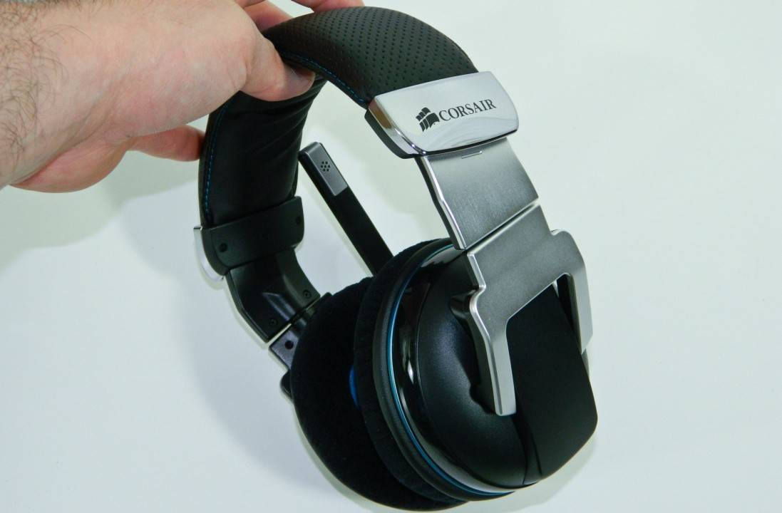 CORSAIR Vengeance 2000 Wireless 7.1 Gaming Headset Review