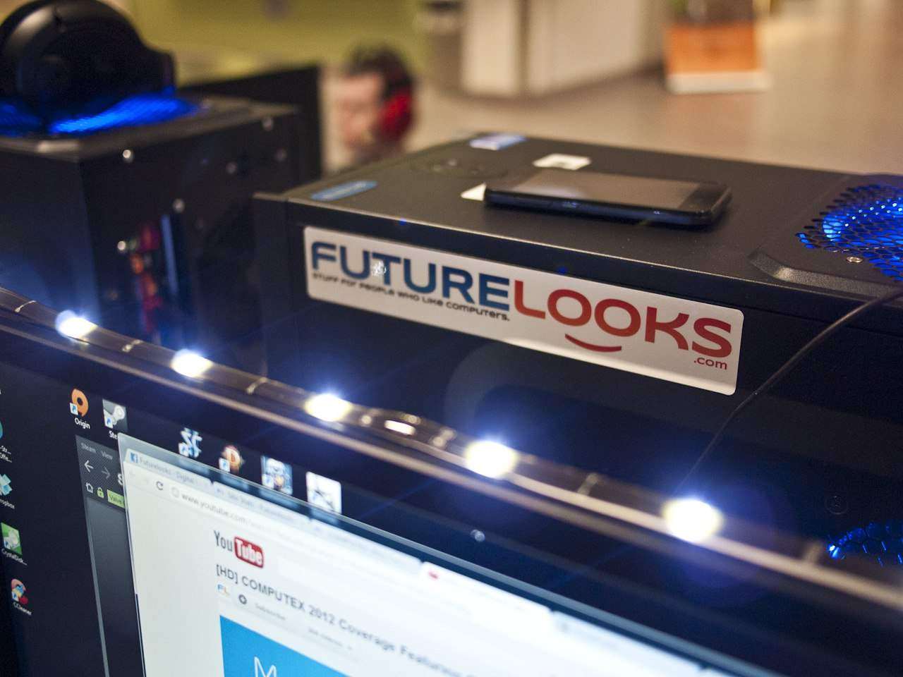 Futurelooks Checks Out The INTEL LANfest InfernaLAN Spring 2012 Event