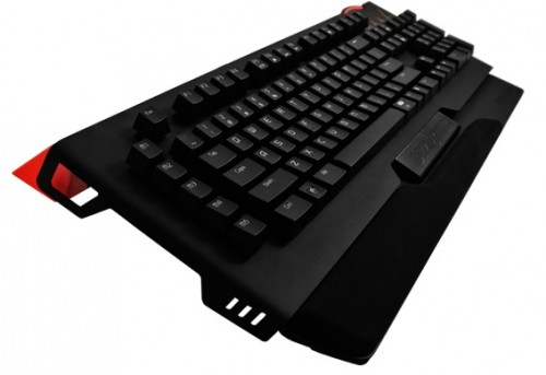 A Comfortable Gaming Keyboard Called the EpicGear DeziMator