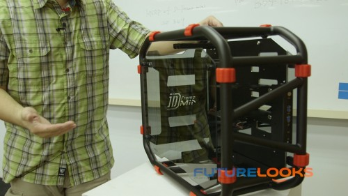 COMPUTEX 2014 - Hands On With the In Win D-Frame Mini Chassis (Video)