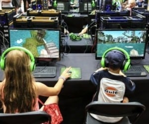 MolCraft: An Education in Molecular Chemistry Through Minecraft