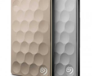 The Seagate Backup Plus Ultra Slim Shoves 2TBs into 9.6mm Thin Casing at CES 2016