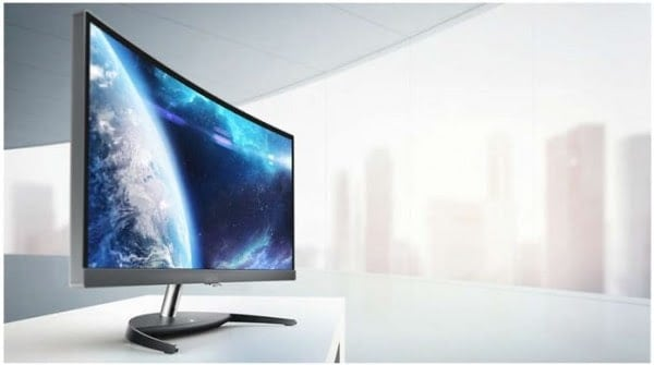 Philips Brilliance UltraWide Curved LCD Is Big, Wide and a Thousand Bucks