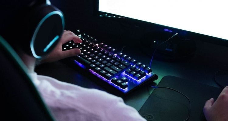 SteelSeries Launches Ten-Keyless APEX M750 Mechanical Gaming Keyboard