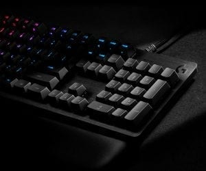 Logitech G513 Mechanical Keyboard With LIGHTSYNC for Gamers